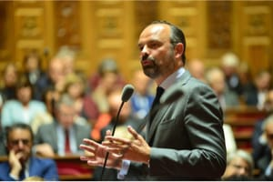Édouard Philippe évoque une réforme des aides à la rénovation énergétique